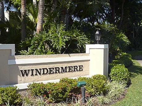 Click for 876 Windermere Way  slideshow