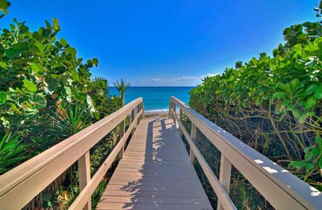 Click for 4600 N Ocean Drive #801 slideshow