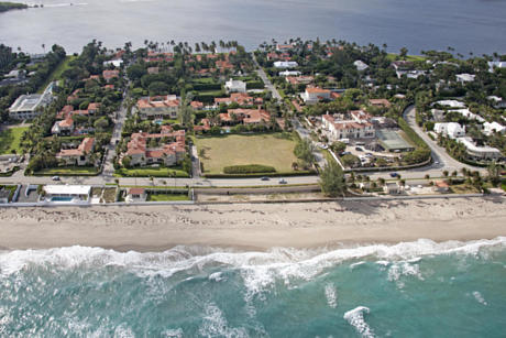 Click for 910 S Ocean Boulevard  slideshow