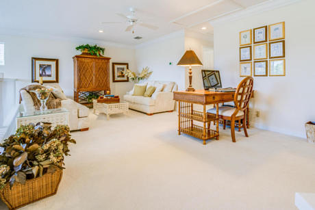 Click for 1206 General Pointe Trace slideshow