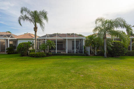 Click for 1044 Diamond Head Way slideshow