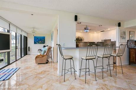 Click for 1648 Jupiter Cove Drive #111 slideshow
