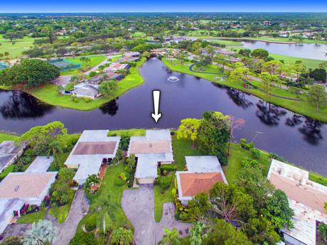 Click for 13713 Whispering Lakes Lane S slideshow