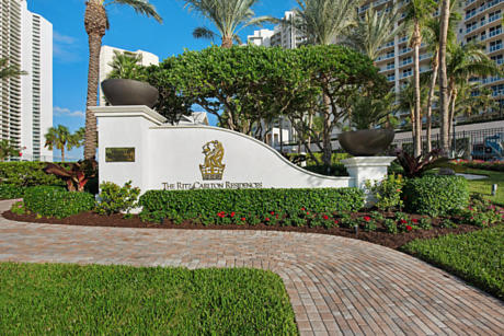 Click for 2700 N Ocean Drive #2603a slideshow