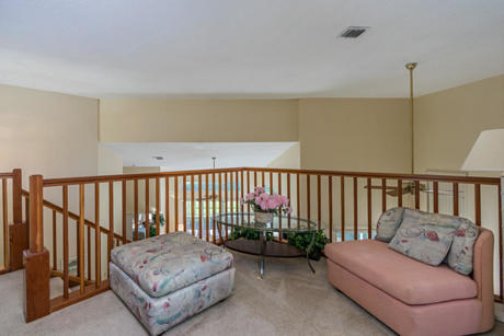 Click for 13950 Cross Pointe Court  slideshow